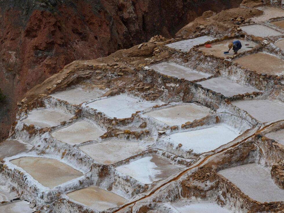 15. Mai 2019 – Schon vor den Inkas haben Menschen diese Salz-Pools in Peru genutzt. Das ist bis heute so geblieben.
