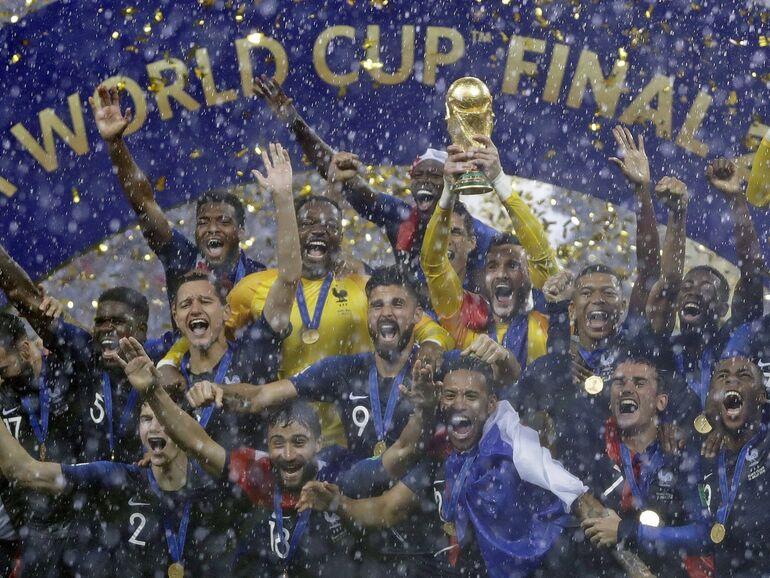 4 2 Frankreich Ist Fussball Weltmeister Sn At