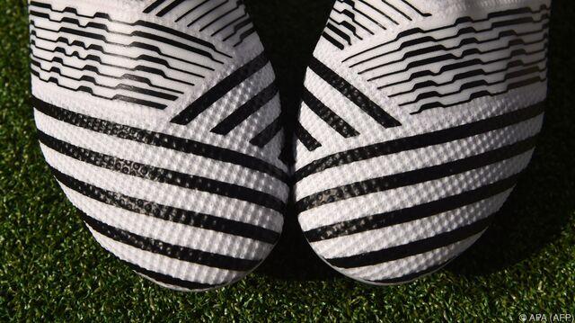 Druckern Aus Und Schuhe Auf at Baut 3d Adidas Sn Speedfactory TqnR0ZxU