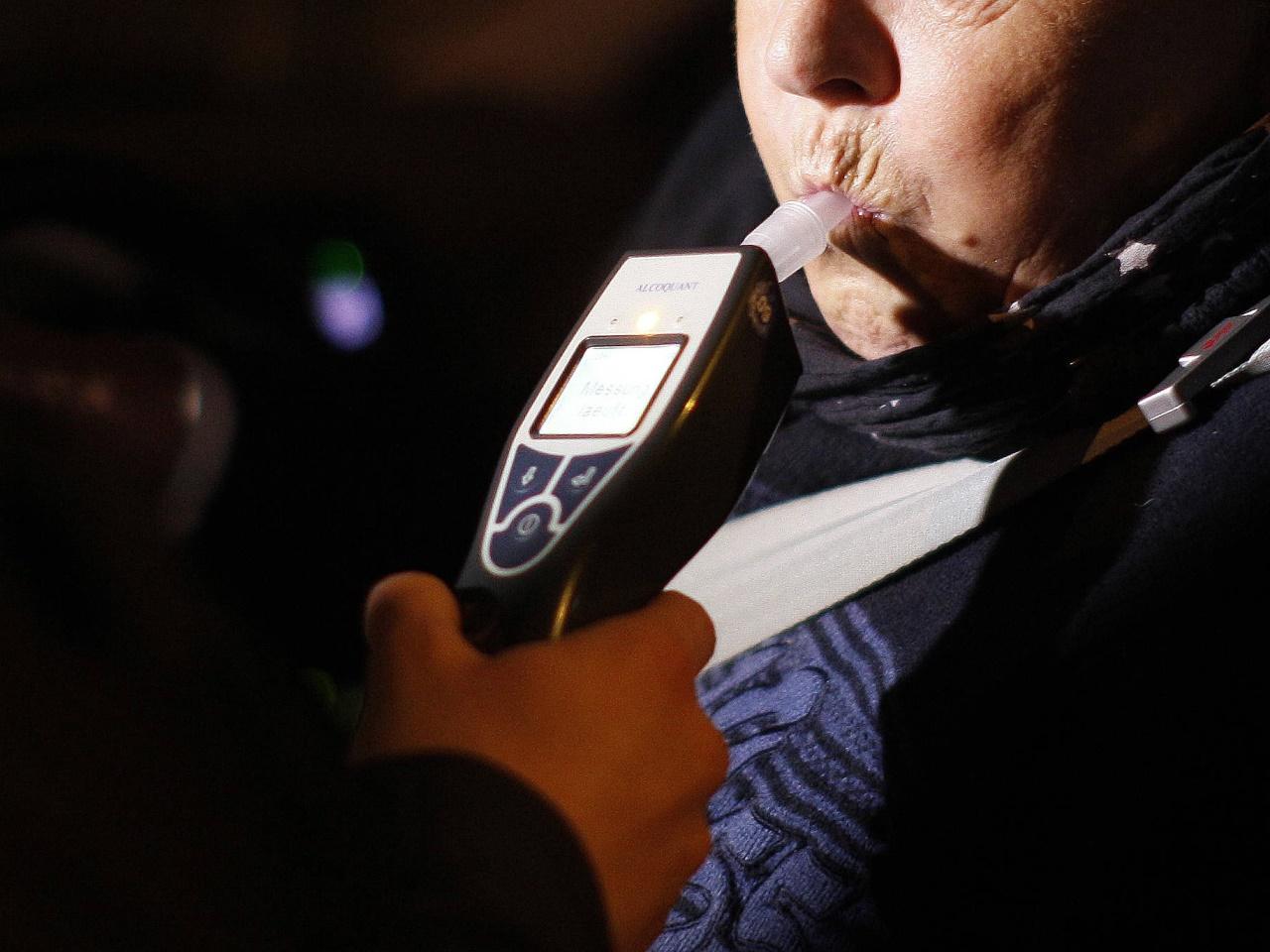 Alkoholisierter Bräutigam muss am Hochzeitstag Führerschein abgeben