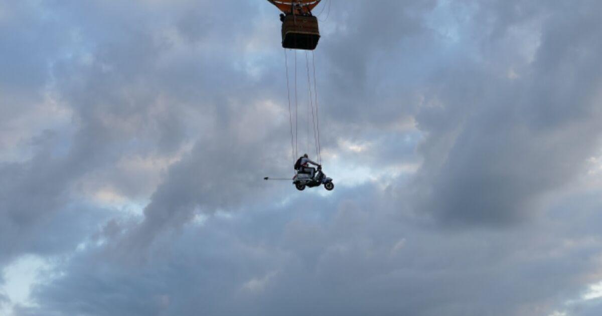 -Big-Lift-Vespa-Weltrekordversuch-in-Wieselburg