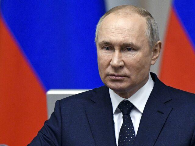 O chefe de vacinação da Rússia, Vladimir Putin, sofreu contratempos. A Áustria permanece leal a ele.