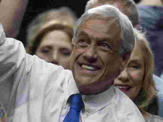 Konservativer Kandidat Pinera bei Stichwahl in Chile klar in Führung