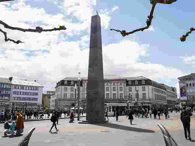Neue Wendung im Streit um den Obelisk der documenta 14