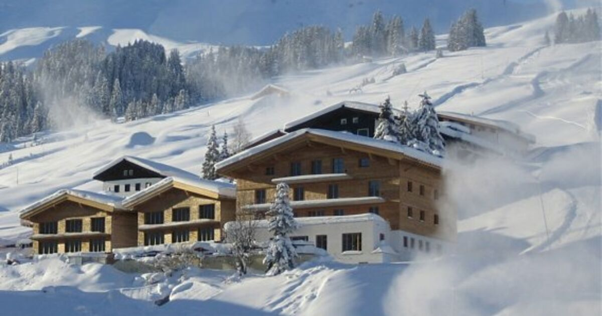 drei der weltweit teuersten skihotels in lech. Black Bedroom Furniture Sets. Home Design Ideas