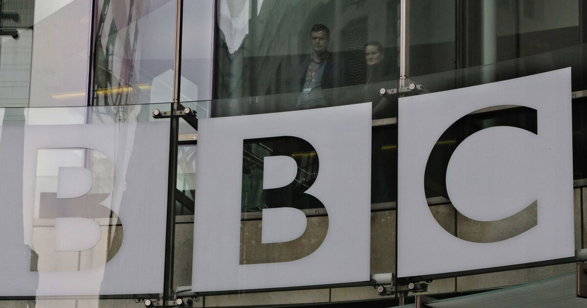 Dreiteilige bbc zeitreise durch wien wird auf sky for Spiegel geschichte logo