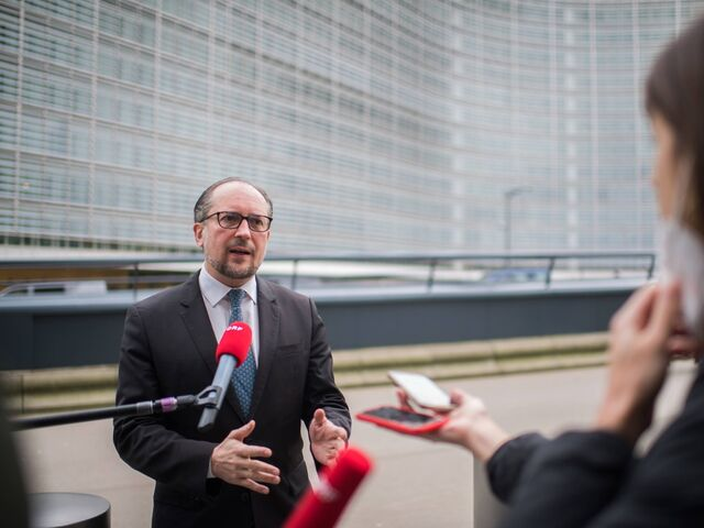 Foreign Minister Alexander Schallenberg appeared in front of the press before the meeting in Brussels.