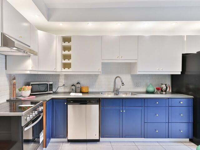 Auch Farbliche Küchenmöbel Können Die Küche Aufpeppen.