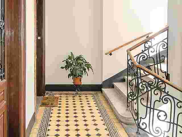 stolpergefahr bei brand fu matte vor der eingangst r ist. Black Bedroom Furniture Sets. Home Design Ideas