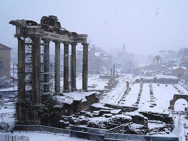 Heftiger Schneefall In Neapel Schulen Geschlossen Snat