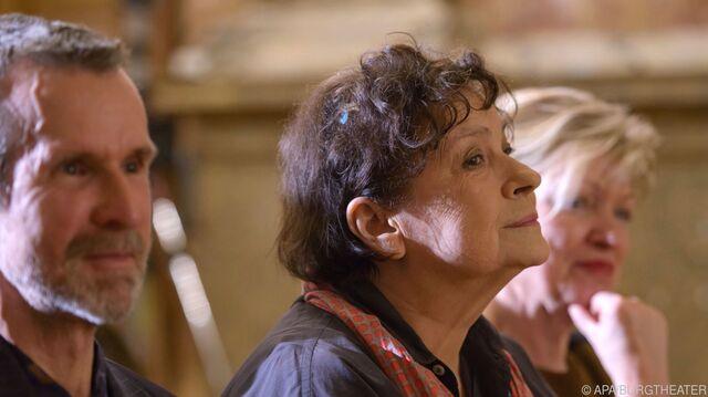 Kirsten Dene Erhält Nestroy Preis Für Ihr Lebenswerk Snat
