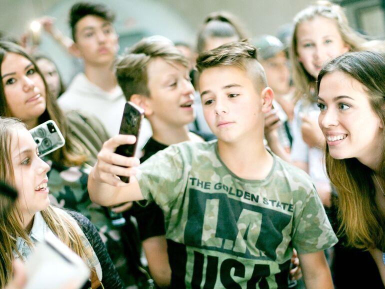 Bildergebnis für Bilder zu Teenagern