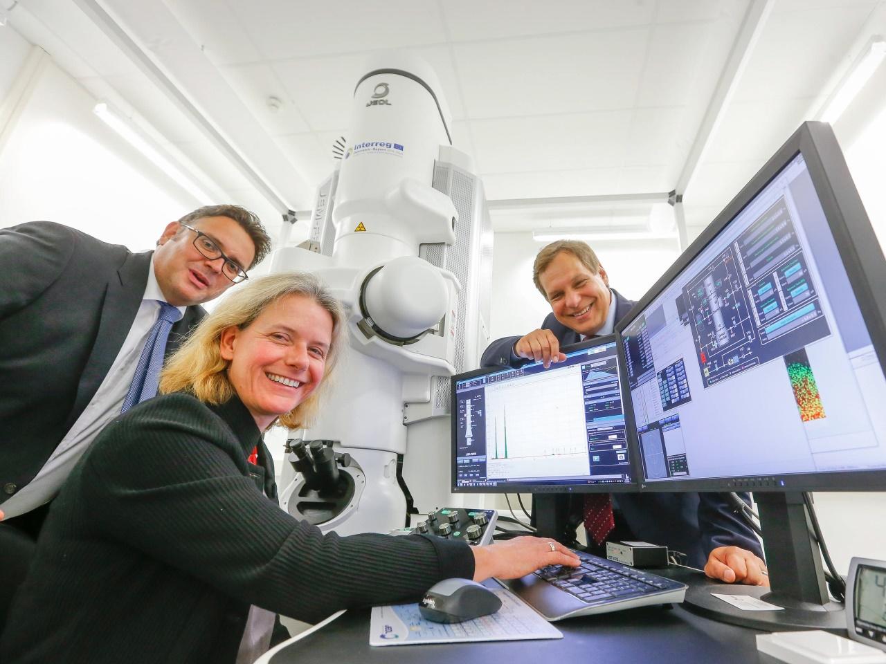 Land hofft auf Jobs durch Super-Mikroskop