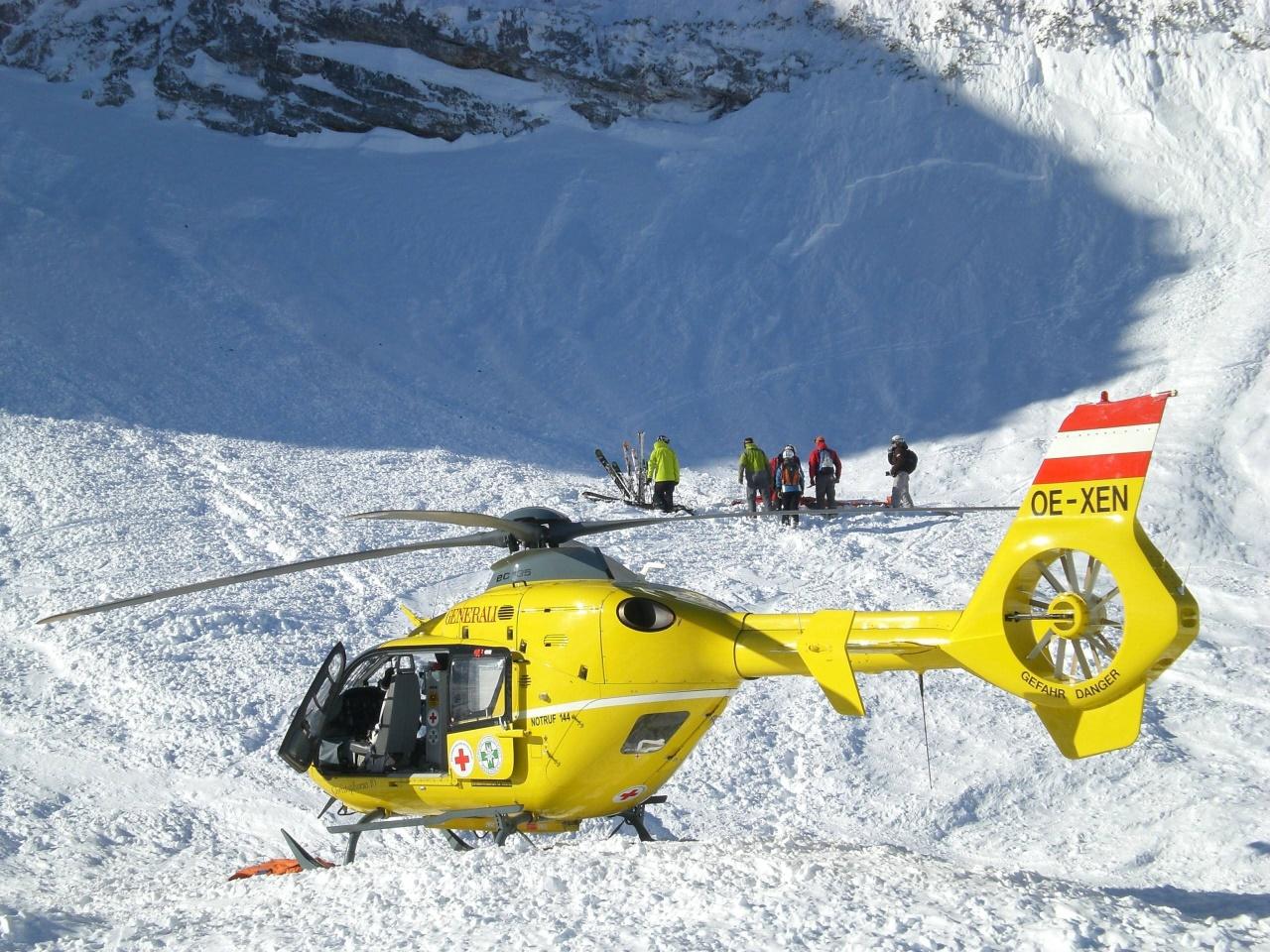 Tourengeher wollte Wanderin helfen und stürzte 200 Meter in die Tiefe