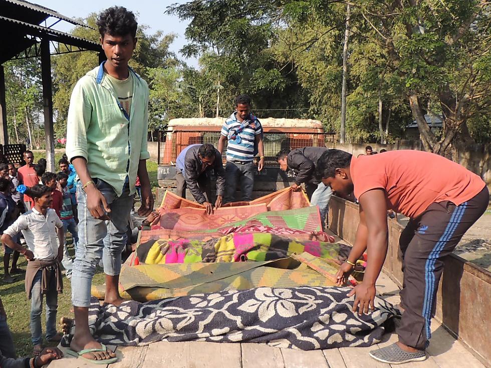 Mehr als 90 Tote durch gepanschten Alkohol in Indien