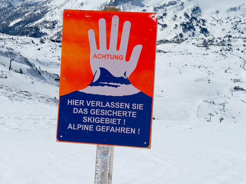 Mehrere Verschüttete bei Lawinenabgang in Tirol