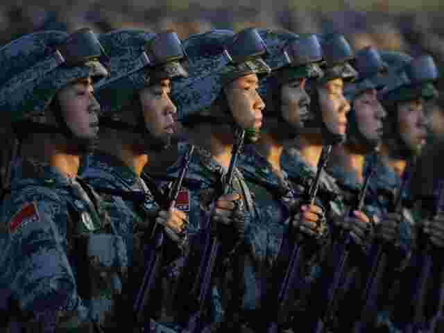 Weltweite Rüstungsausgaben auf Höchstwert seit Kaltem Krieg