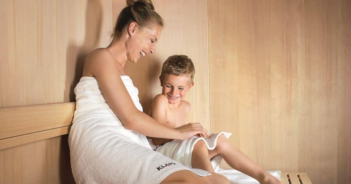 mit kindern in die sauna mit diesen tipps machen eltern alles richtig. Black Bedroom Furniture Sets. Home Design Ideas