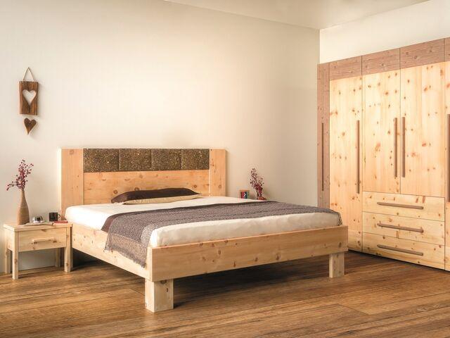 Möbel Aus Zirbenholz Die Wirkung Und Vorteile Der Zirbe Immosnat