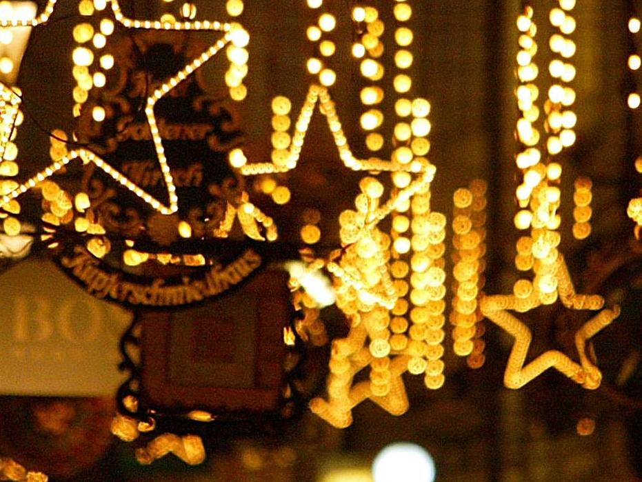 Mord am Winterdunkel: Hängt die Lichterketten ab!