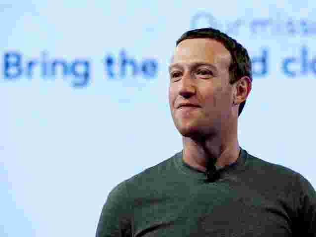 Der legere Typ im T-Shirt – so kennen wir Facebook-Chef Mark Zuckerberg.