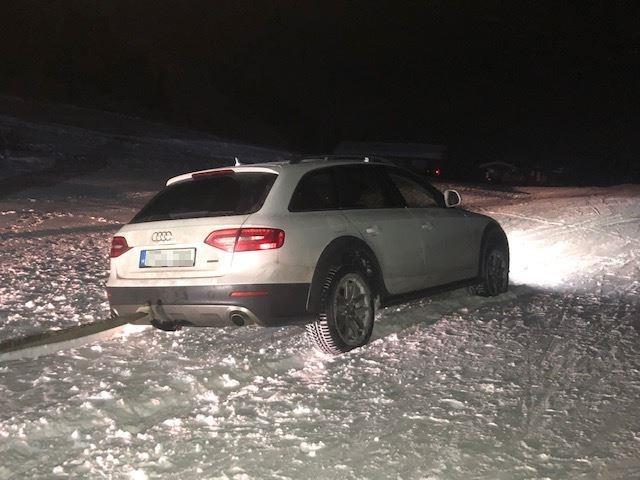 Navi leitete Autofahrer in Mühlbach auf Skipiste
