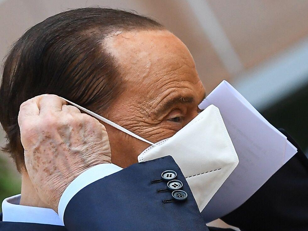 Negativer Test für Berlusconi am Tag seines Geburtstags