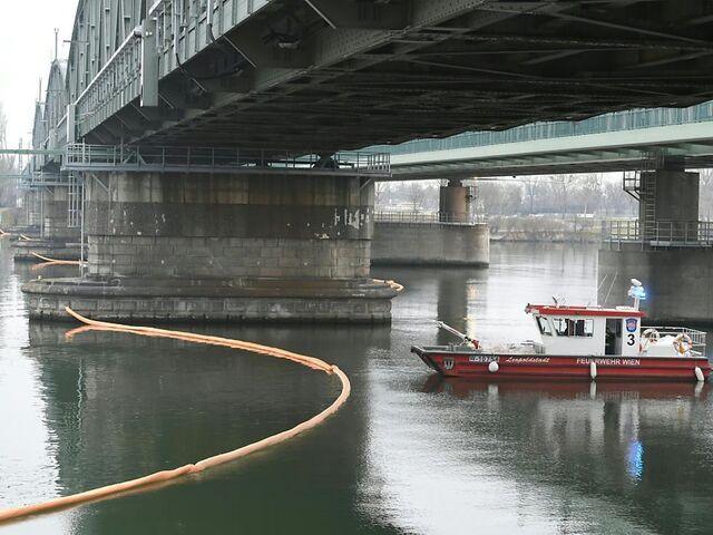 Fuel film in the Danube near Vienna - investigation against unknown