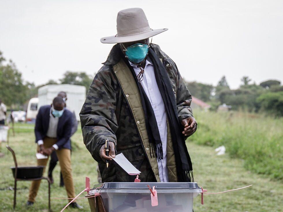 Präsident Museveni zum Wahlsieger in Uganda erklärt