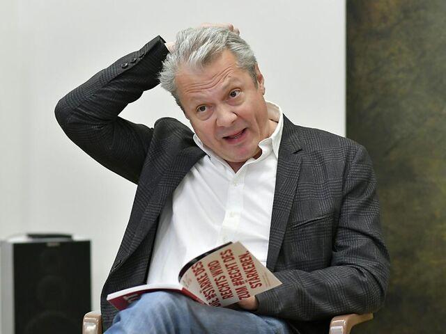 Premiere Für Professor Bernhardi In Der Josefstadt Snat