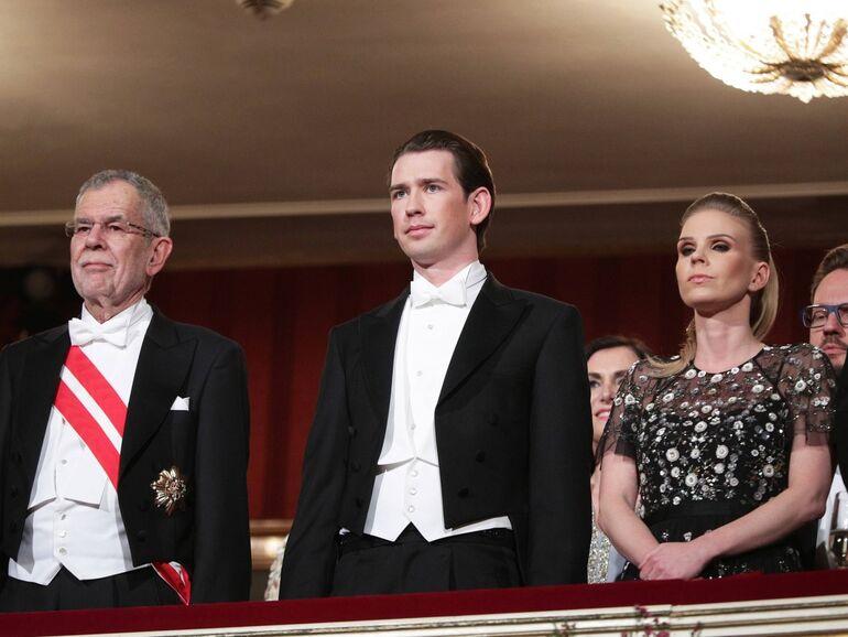 Opernball thier kleid susanne Prunkvolle Party