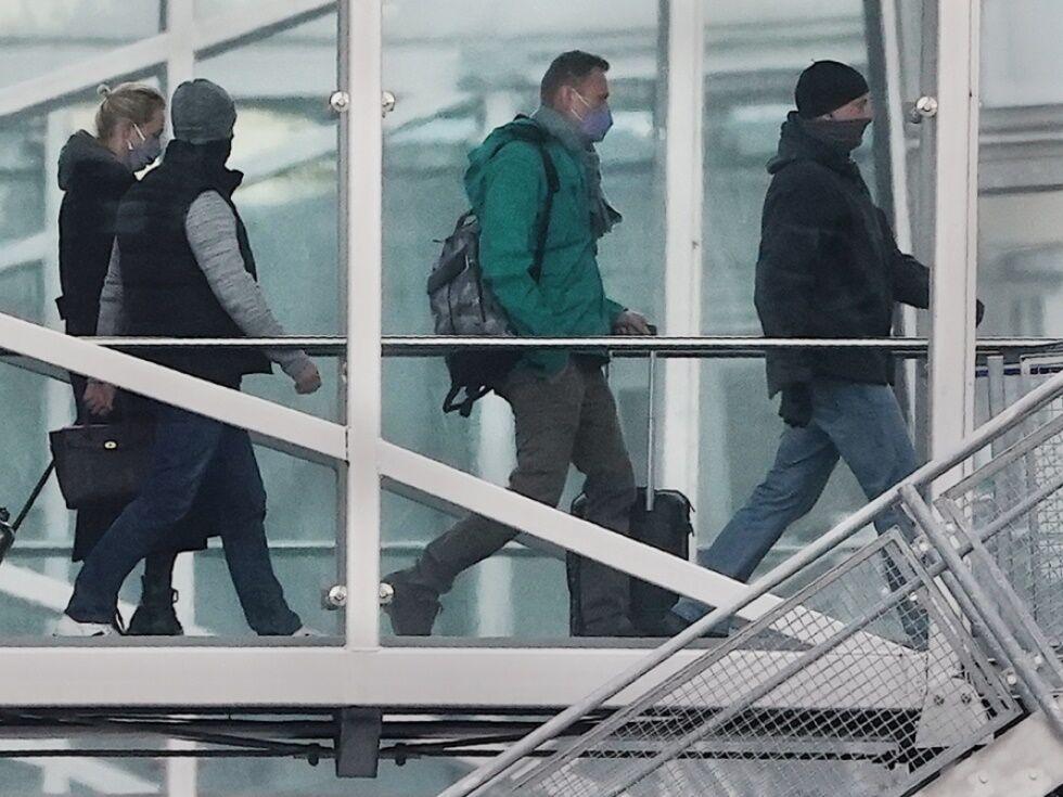 Putin-Kritiker Nawalny auf Flug von Berlin nach Moskau