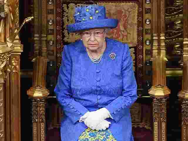 Boulevard :: Die Queen ruft zu mehr Respekt auf