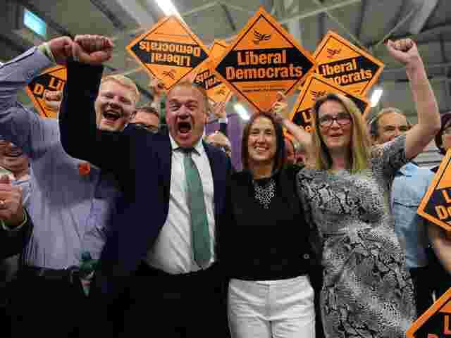Schlappe für Johnsons Tories bei Nachwahl in Wales