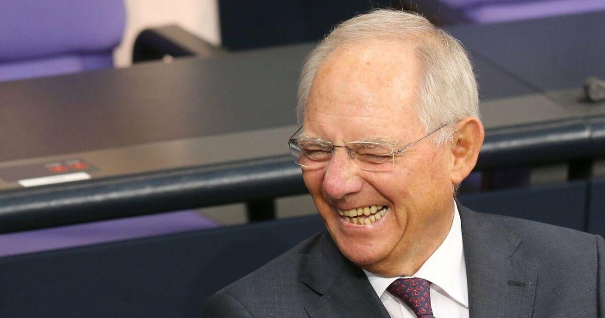 Sch uble erwartet laut spiegel milliardenplus im for Spiegel karriere
