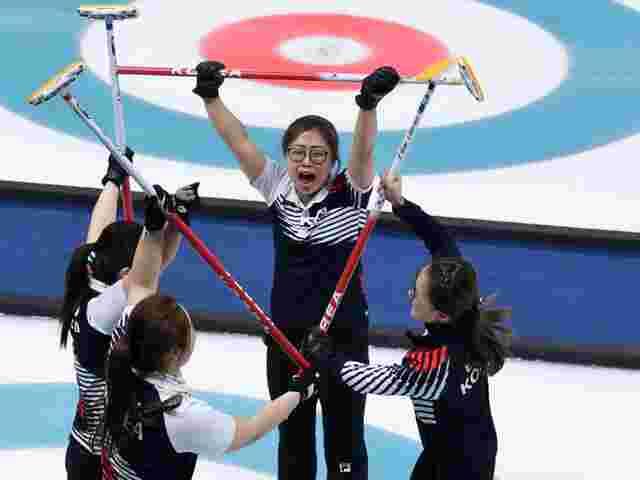 Schwedinnen und Südkoreanerinnen bestreiten Curling-Finale