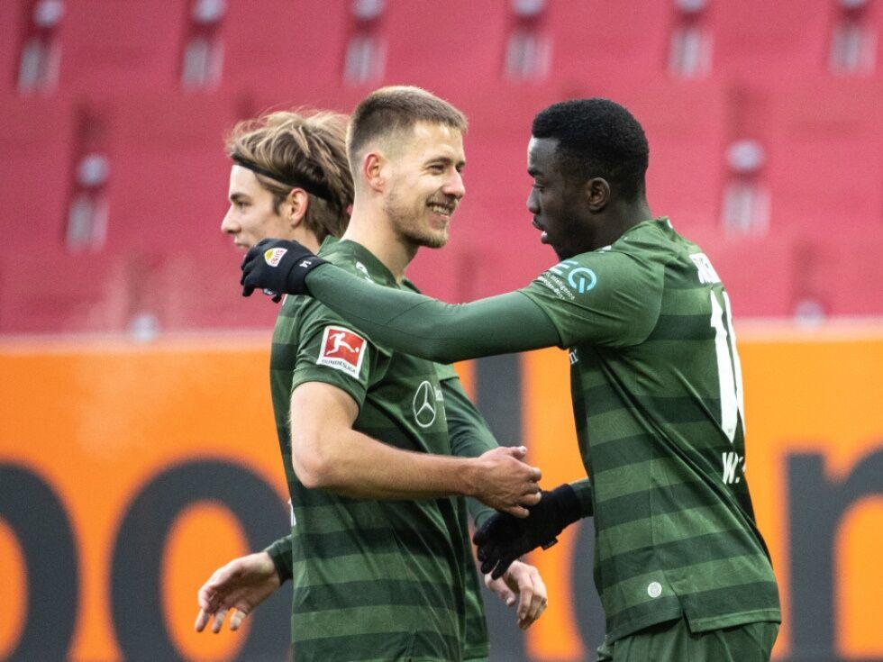Stuttgart siegt in Augsburg - Bielefeld schlägt Hertha 4:1