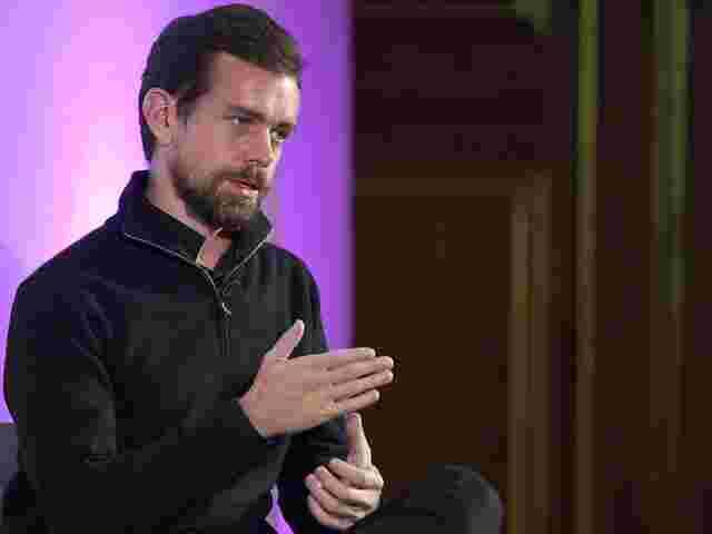 Twitter verteidigt Erlaubnis für Verschwörungstheoretiker Alex Jones