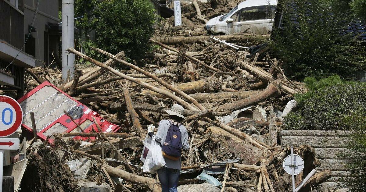 unwetter rissen dutzende japaner in den tod