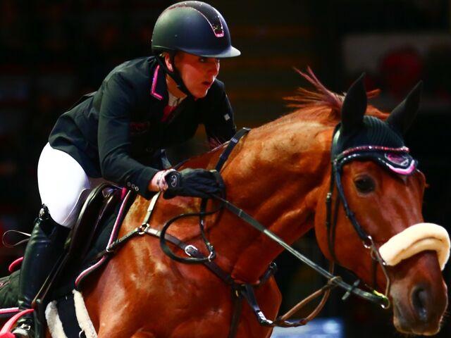 Amadeus Horse Indoors Viele Hürden Vor Dem Ersten Sprung Snat