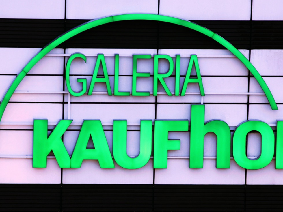 a3b48ae528407 Kaufhof-Karstadt Bündnis: Zwei Warenhaus-Riesen fusionieren | SN.at