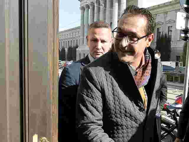 FPÖ-Chef Strache fordert Innenministerium