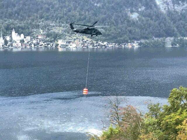 Klettersteig Hallstatt : Wie der black hawk den waldbrand in hallstatt bekämpft sn at