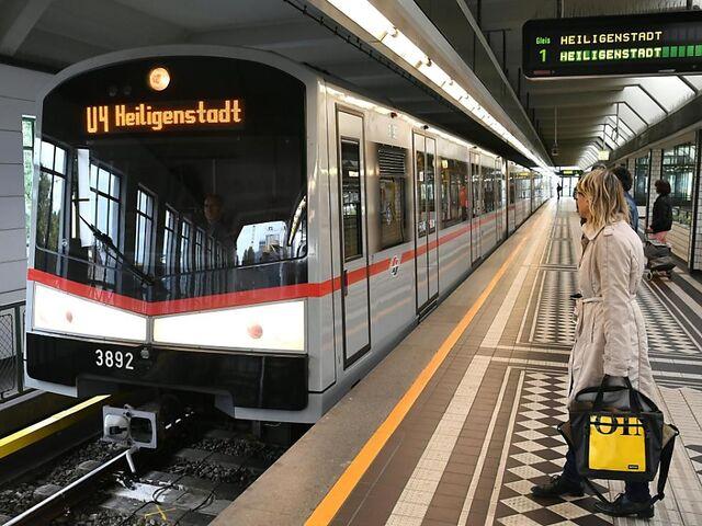 Wiener Linien Suchen Teilzeit U Bahn Fahrer Snat