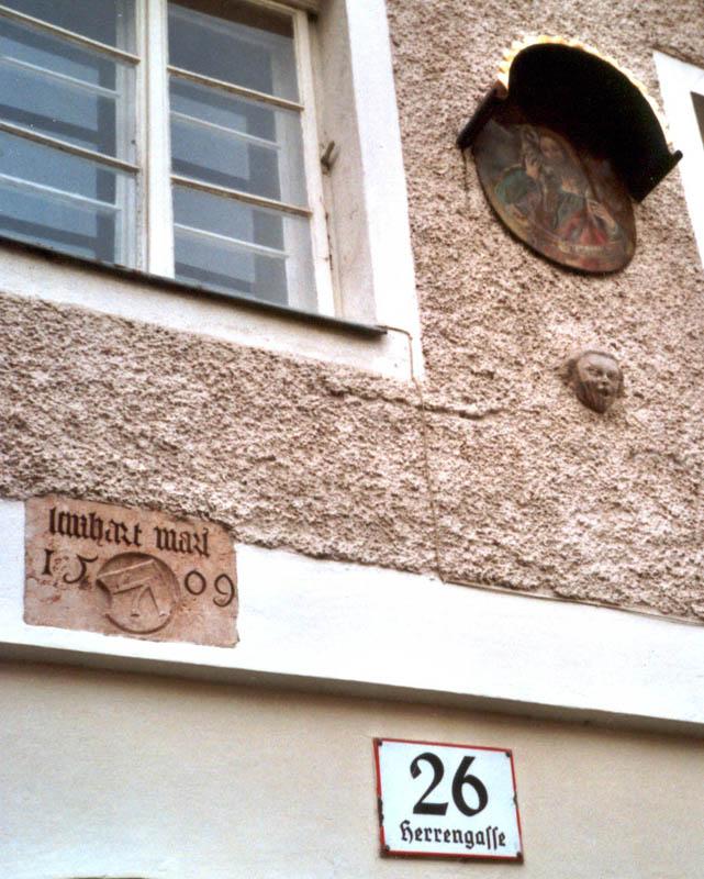 Zeichen An Hauswänden